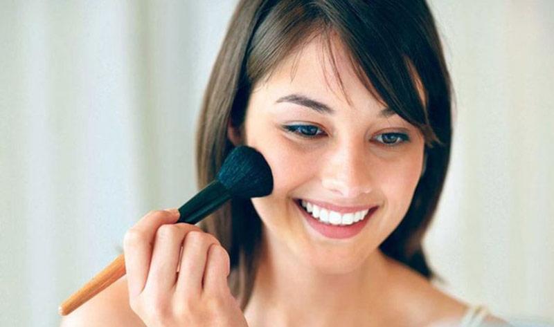 در تابستان چطور آرایش کنیم؟