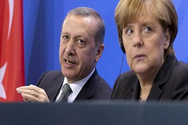 نشست چهارجانبه فرانسه، انگلیس، آلمان و ترکیه درباره سوریه
