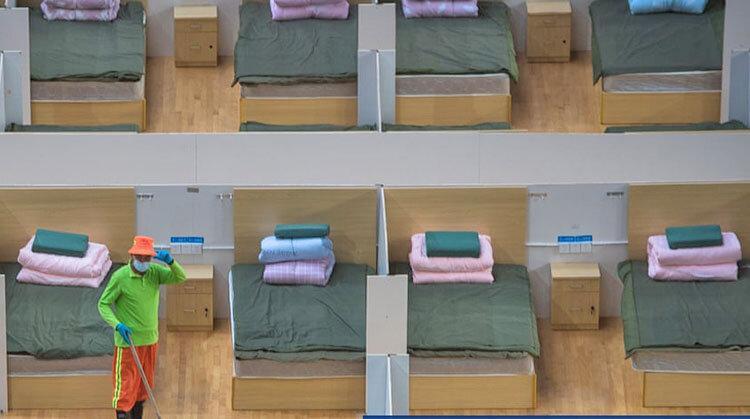 تخت هست، بیمار نیست ، تخت های خالی در بیمارستان های ویژه کروناویروس در چین
