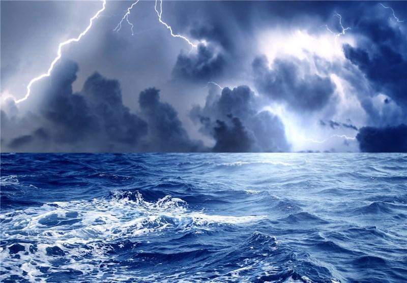 زاهدان، ارتفاع موج در دریای عمان به 3 متر می رسد