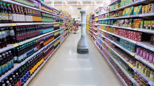 ربات ناظر فروشگاه برای کنترل قفسه های خالی