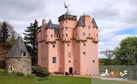 قلعه کرایژیوار، خانه ای تاریخی در اسکاتلند به رنگ صورتی