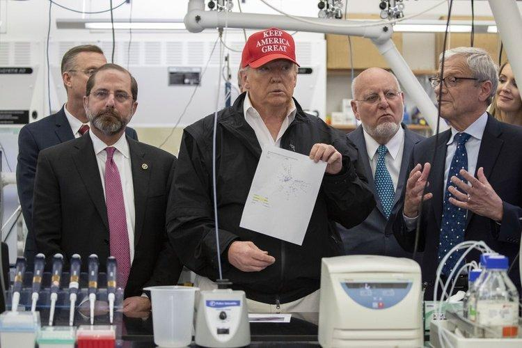 ترامپ: مردم بخواهند، اولین واکسن کرونا را می زنم