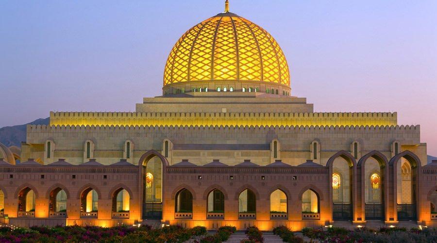 نگاهی به مسجد باشکوه سلطان قابوس در عمان