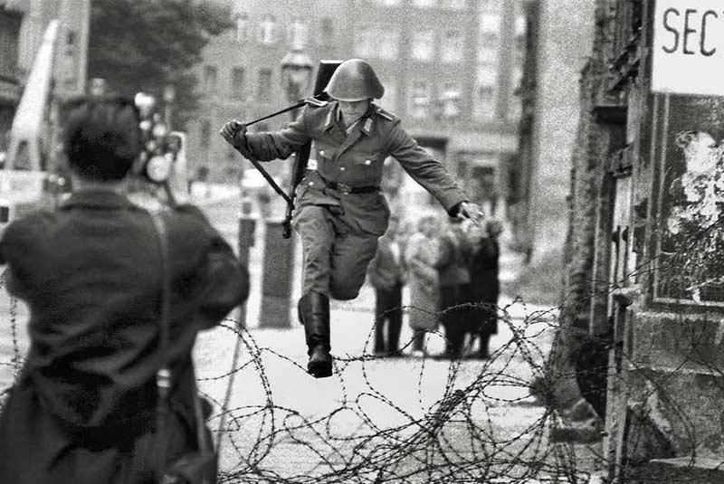 10 واقعیتی که در مورد دیوار برلین باید بدانید، تصاویر