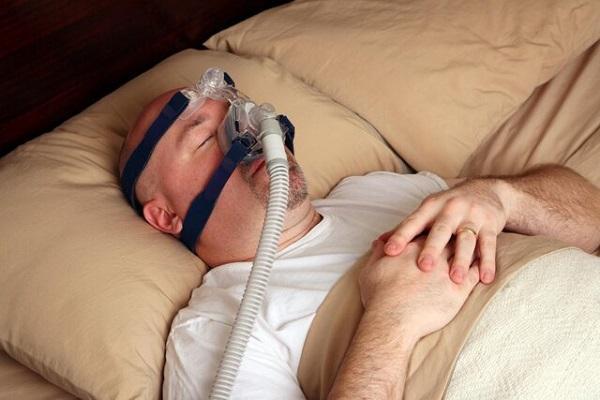 نجات مبتلایان به کووید-19 با دستگاهی که به تنفس افراد مبتلا به آپنه خواب کمک می کند