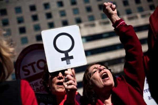 تظاهرات زنان فرانسوی در پاریس